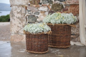 wedding flowers baskets